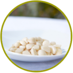 Dientes de ajo encurtidos en salmuera y vinagre
